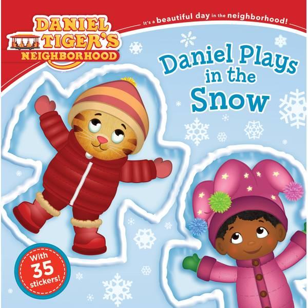 Daniel Tiger Plays In Snow Paperback