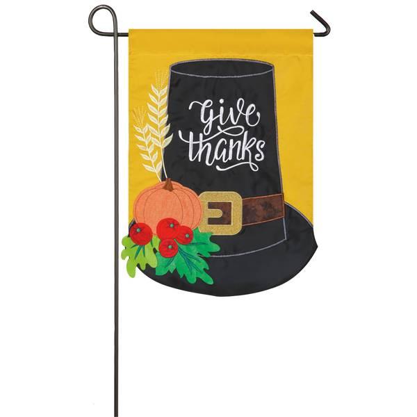 "18"" x 12.5"" Pilgrim Hat Garden Flag"