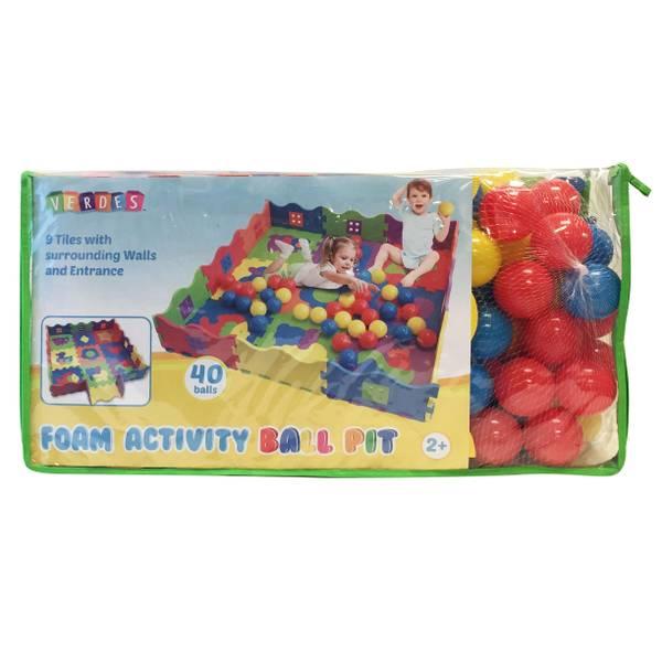 Ball Pit Foam Playmat with 40 Balls