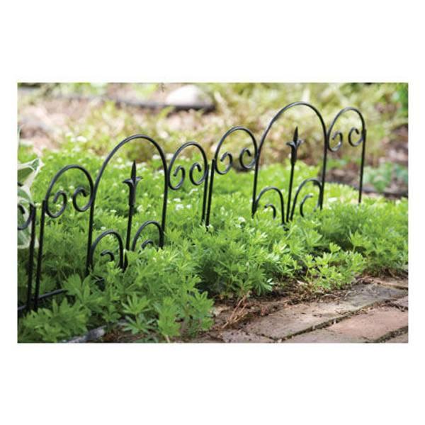 Garden Edge with Finial