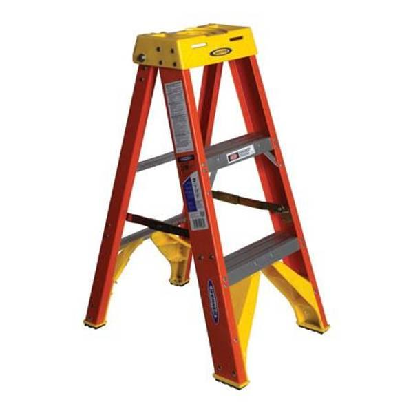 Type 1A Fiberglass Step Ladder
