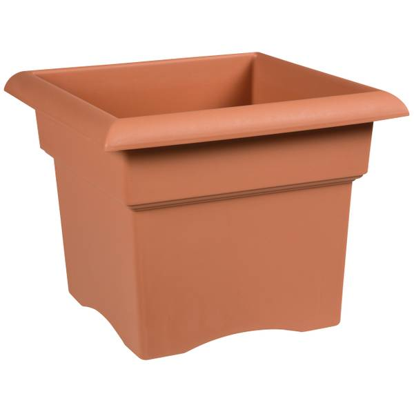 Veranda Clay Resin Planter
