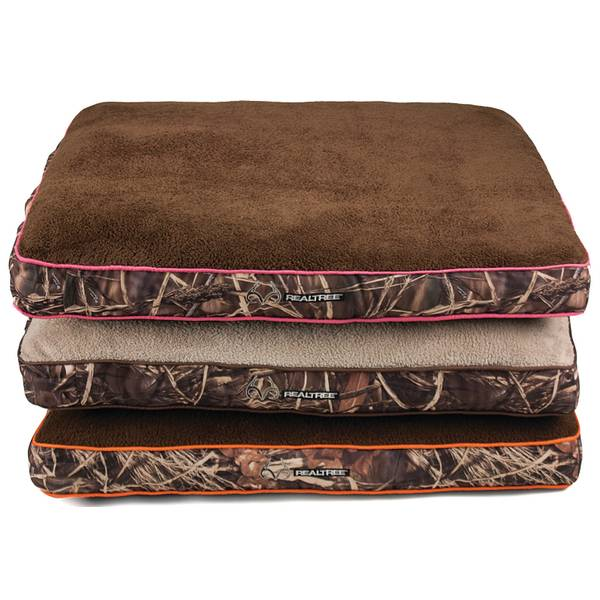Realtree Camo Gusseted Dog Bed