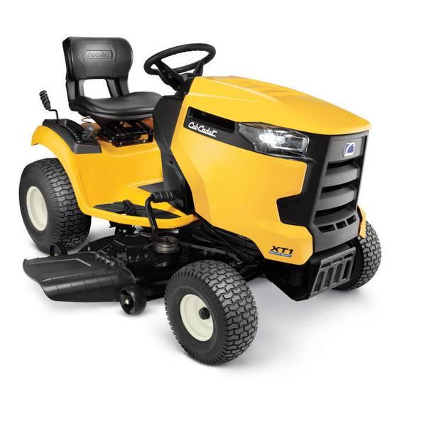 """XT1 LT 42"""" Lawn Tractor"""