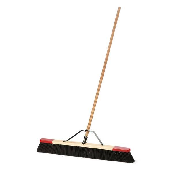 Black Outdoor Roush Push Broom