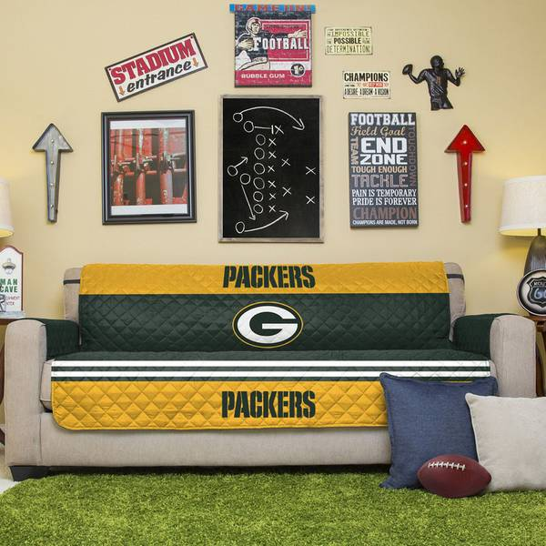 Pegasus Home Fashions Green Bay Packers Reversible Furniture Protector For Sofa