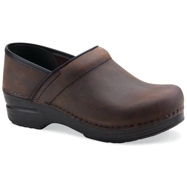 Core Professional Clogs